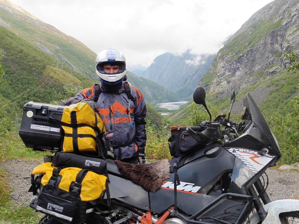 Riding to Nordkapp with Dirtsack Frogman luggage